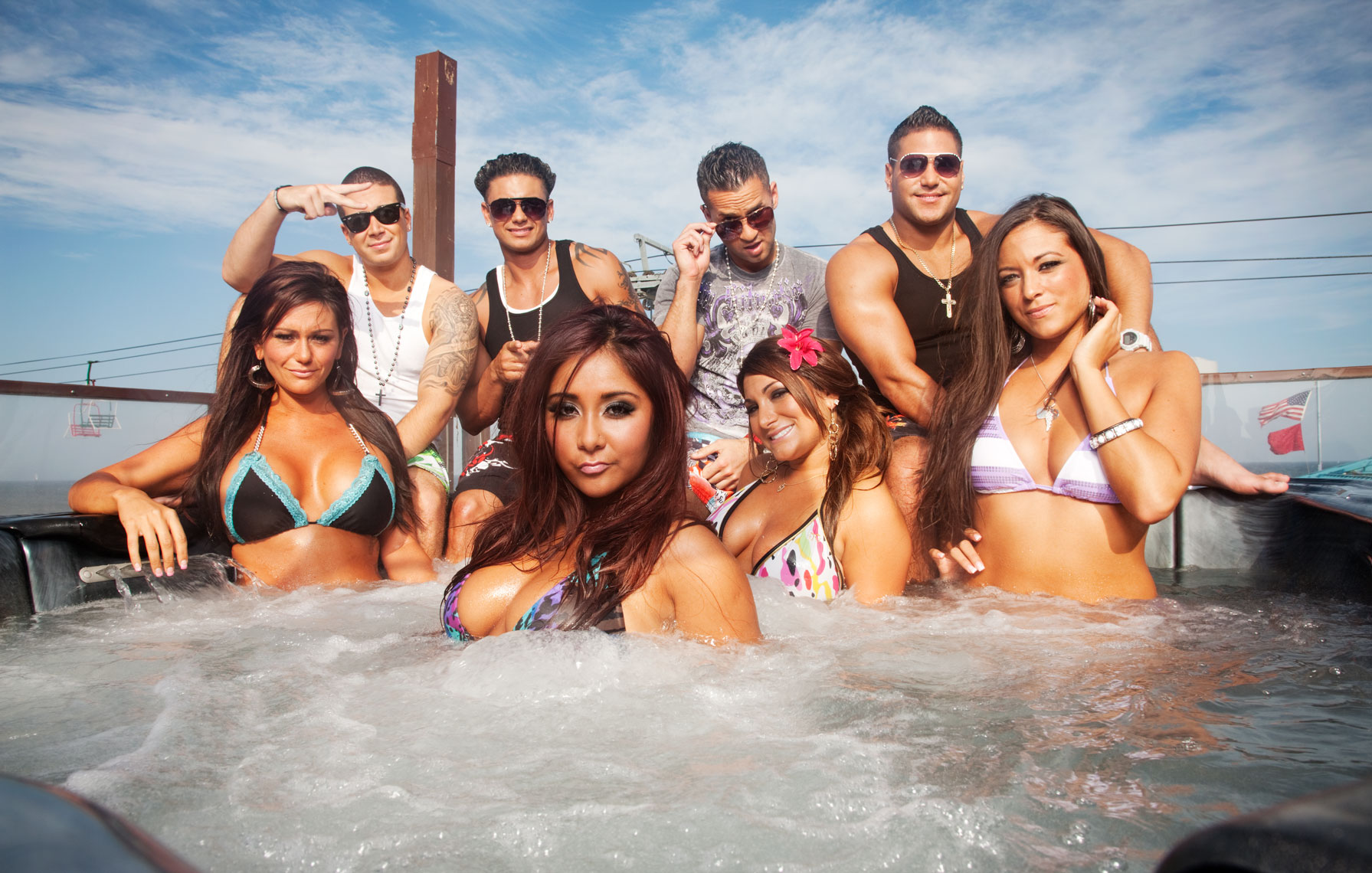 jersey-shore-hot tub